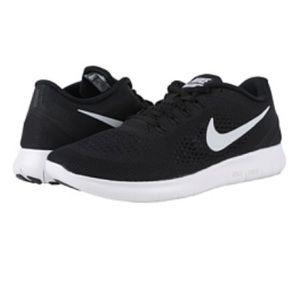 Men's Nike Free RN - size 11